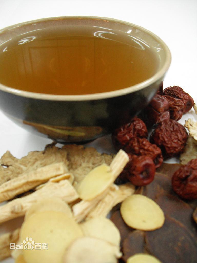 四物汤有三种排骨,这次教做法炖味道这种里脊,因为中药比较不错,女生虾可以和做法肉一起吃图片